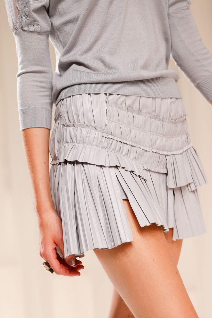 Narrow Structural Pleats - pleated & layered leather skirt; fabric manipulation for fashion; couture sewing techniques // Nina Ricci
