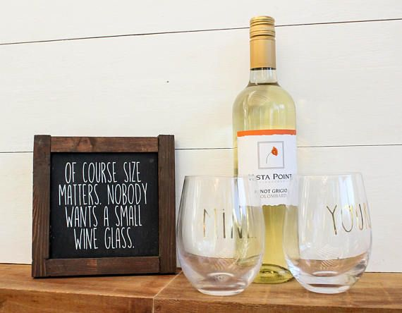 Of course size matters. Nobody wants a small wine glass - reclaimed wood mini sign. Perfect for the favorite wine drinker in your life! Makes great kitchen or bar cart decor. Can be customized with different color/wood stain/size options. Message us, we love to make customs!  Measures