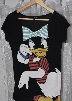 Kup mój przedmiot na #vintedpl http://www.vinted.pl/damska-odziez/koszulki-z-krotkim-rekawem-t-shirty/17172261-rewelacyjna-czarna-bluzeczka-z-daisy