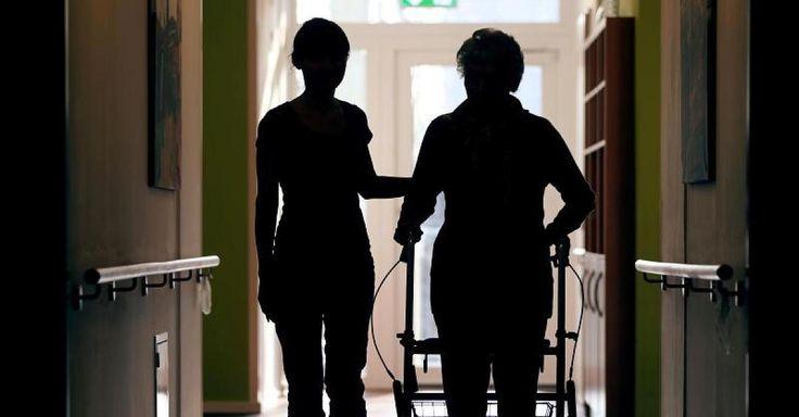 Jetzt lesen: Ambulante Pflege - 87 Prozent der Pflegekräfte in Deutschland sind weiblich  - http://ift.tt/2nzSYGh #story