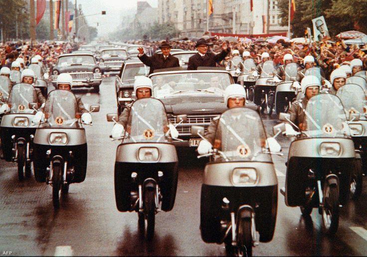 Nicolae Ceaușescu & Erich Honecker in Berlin