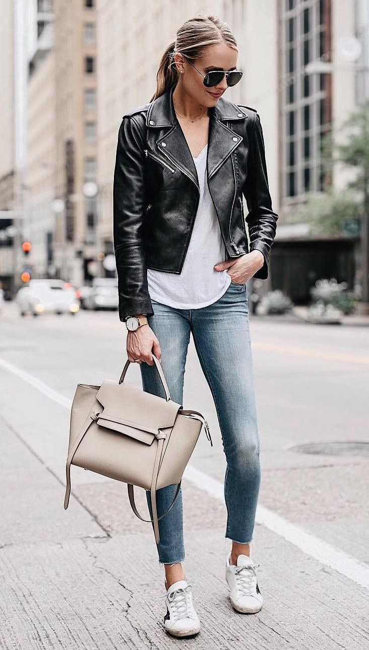 How To Style A Moto Jacket Bag White Tee Sneakers Skinny Jeans Casual Leather Jacket Outfit Black Leather Jacket Outfit Leather Jackets Women