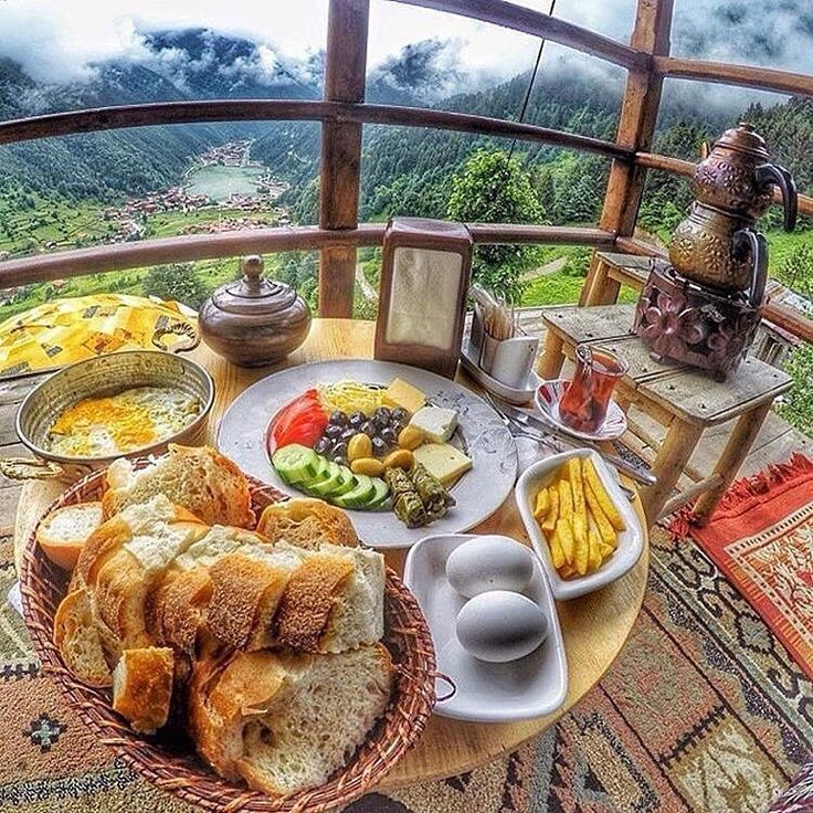 Turkish breakfast / Uzungol - Trabzon