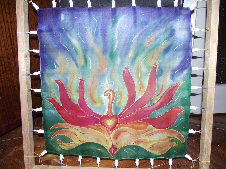 Főnix selyemkendőn