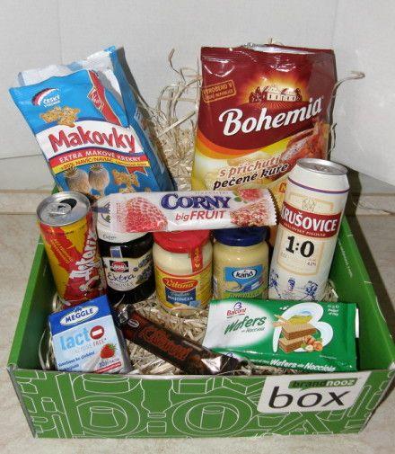 brandnooz box březen 2015 - kterou z dobrot byste hned po otevření zelené krabičky vyzkoušeli jako první vy? :-) https://www.brandnooz.cz/prehled/brandnooz-box-brezen-2015