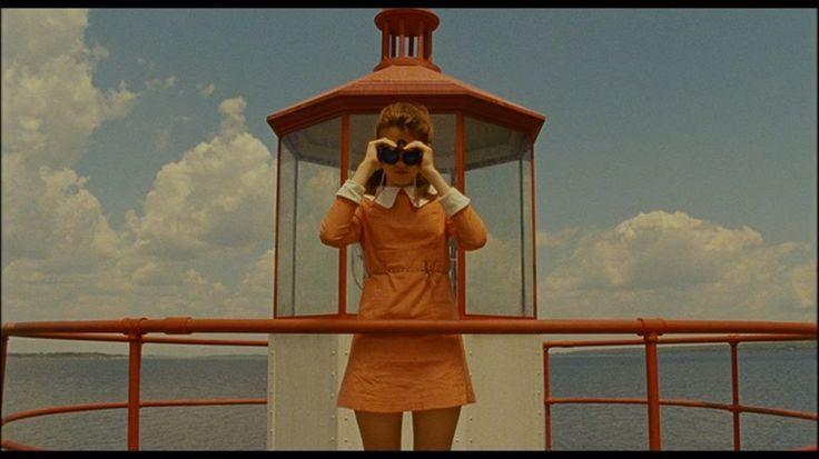 """Rama: Diseño de Arte Fotografía del film the grand budapest hotel. (""""Wes Anderson"""") Película que tiene presente la simetría. """"Uno de los primeros requisitos de una buena forma era precisamente el de la justa proporción y de la simetría""""(...) Humberto eco pagina 73"""