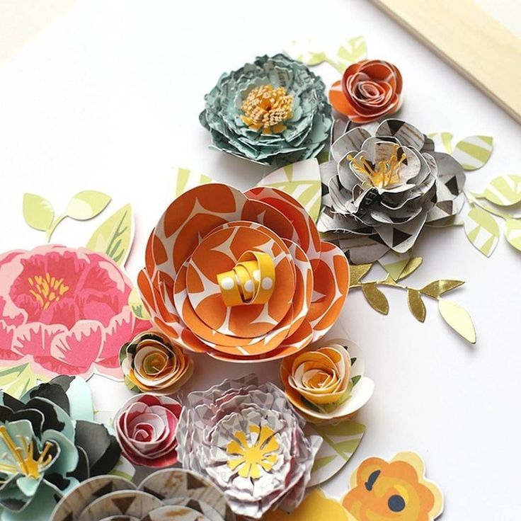DIY floral home decor that's totally perfect for spring! Designer: @evapizarrov #madewithPebbles #homedecor by pebblesinc
