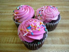 Add flavor to canned frosting and icing to imitate the taste of homemade frosting.