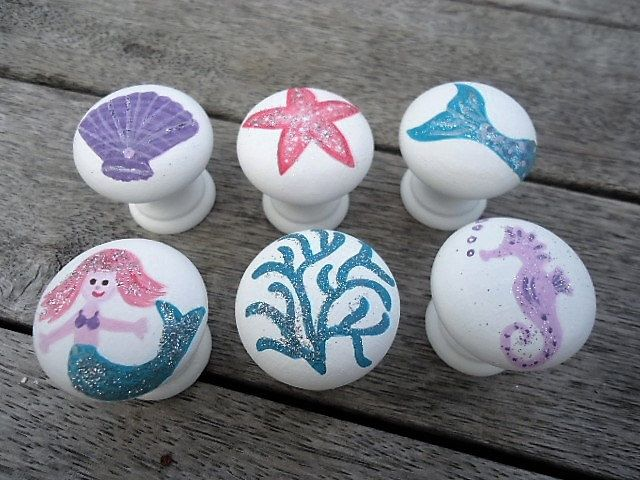 Handpainted Wooden Drawer Mermaid Knobs - Set of 6 by MYMIMISTAR on Etsy