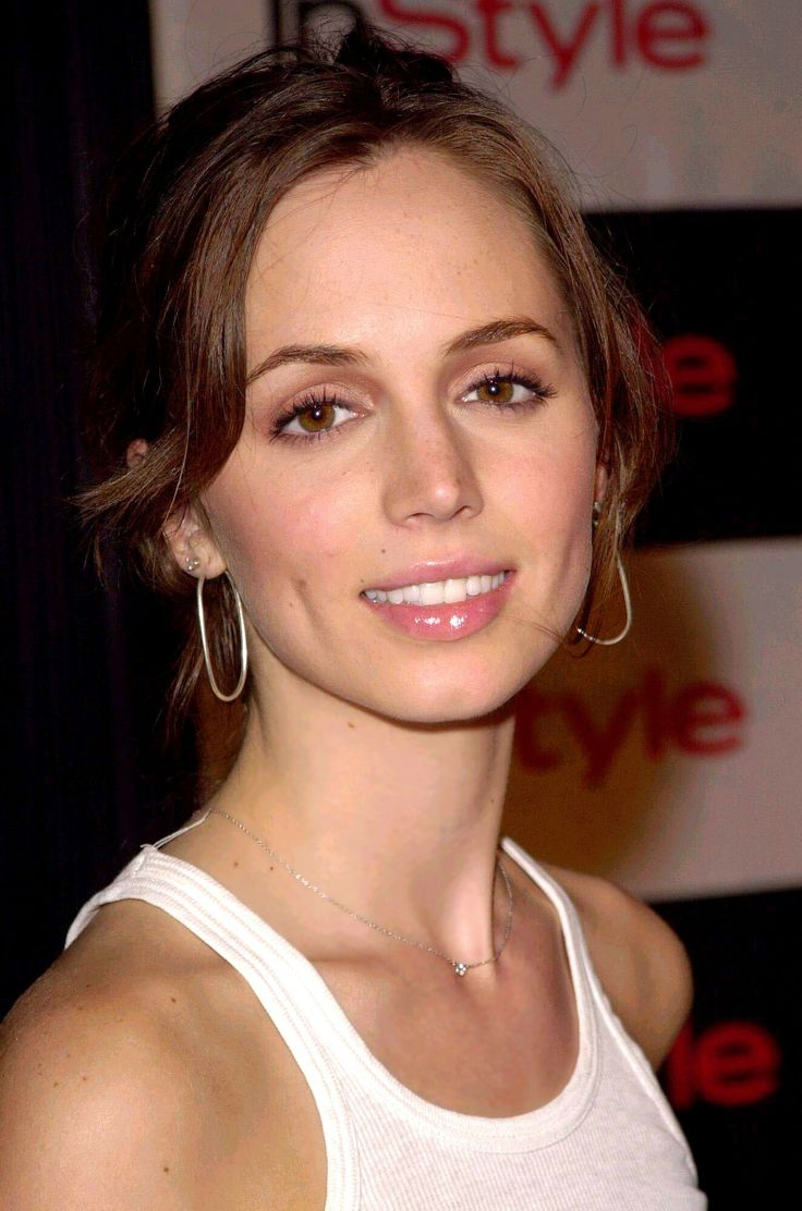 Happy 33rd birthday today to Eliza Dushku! What's your favorite Faith moment? Read all about her at our site: http://www.btvsonline.com/cast/faith/