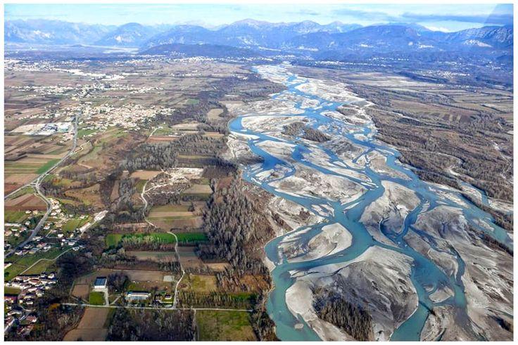 Amazing Braided River Wallpaper