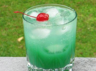 Blue Screw (1 oz. Vodka 1 oz. Blue Curacao 4 oz. Orange Juice 2 oz. Sprite Cherry for garnish)