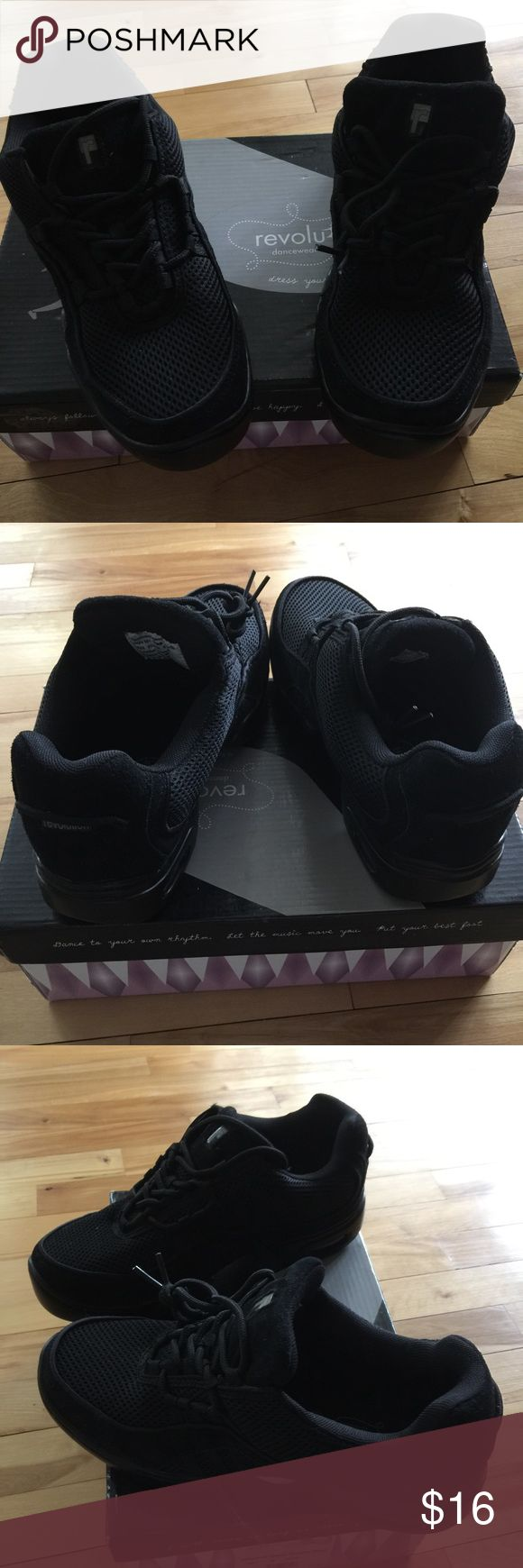 Revolution dance wear new black hip hop shoes, 10 Boys size 10 revolution dancewear Ultra Arch Dance sneaker. Black. Used for hip hop. Leather upper. Size 10 boys. New, in box. Nonsmoking home. revolution dancewear Shoes Sneakers