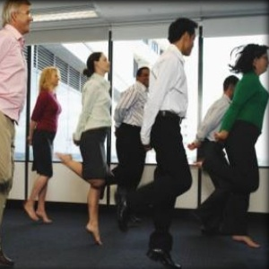 how to start a corporate wellness business