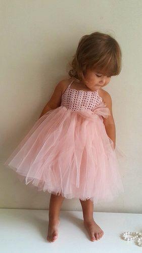 Bebé vestido de niña. Bebé niña de las flores tul vestido de cordón del ganchillo del estiramiento.