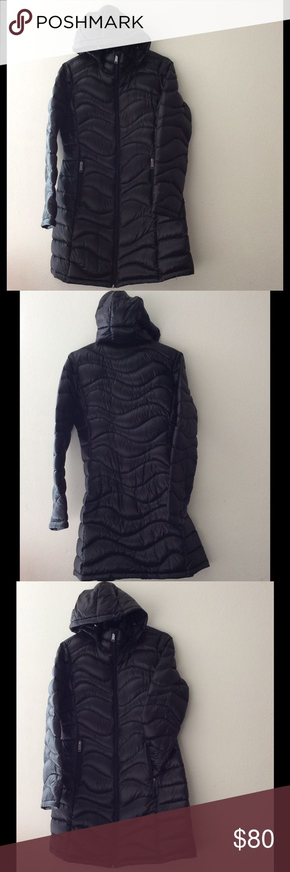 Andrew marc winter coat(fashion) Packable,lightweight premium down,650 fill power,OF warmth factor,this garment can keep you warm up to 0 degrees Fahrenheit.Dark gray,light black,2 pocket inside very deeply to bottom and 2pocket front. Andrew Marc Jackets & Coats