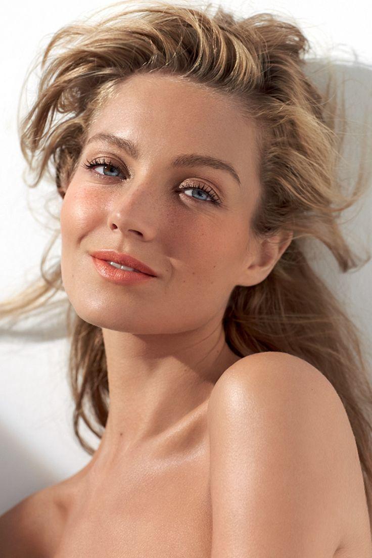 No ties management models deimante guobyte - Crystal Model Management Melissa Gateau
