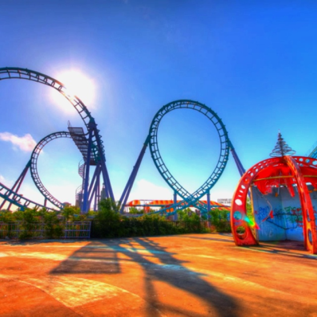 Best Abandoned Things And Places Images On Pinterest - 10 years hurricane katrina six flags theme park new orleans still lies abandoned 10 years