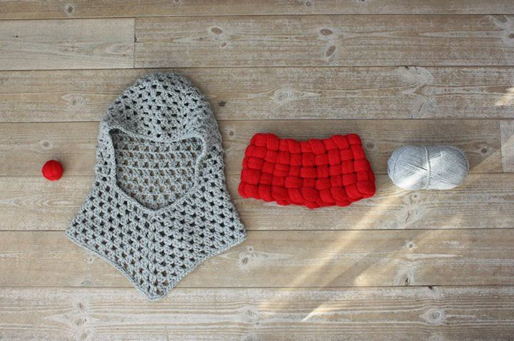 Do you like one of our designs but prefer have it made in a different yarn? No problem at all! We offer wide variety of fibers which include 100% naturals, acrylic and anything in between.   This particular Woven Cowl in Lipstick Red was made in 100% fine alpaca for our acrylic-hating customer from Switzerland.   Message us with any questions or queries!
