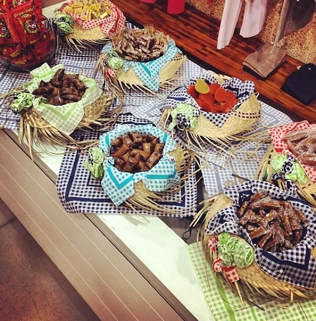 festa-junina-ideias-lindas-de-decoracao chapeu de palha doces
