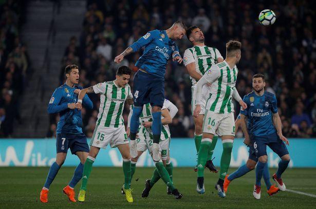 ข่าวฟุตบอลต่างประเทศล่าสุด ลาลีกา เรอัล เบติส 3-5 เรอัล มาดริด | มาดริด,  ฟุตบอล, ข่าว
