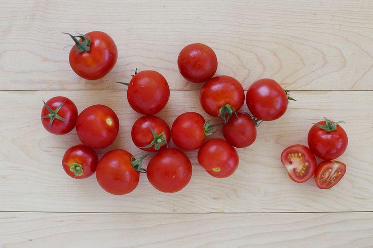 Floating Gardens Cocktail Tomato - 1 pound