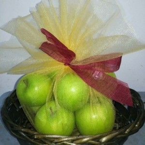 http://carnations.my/gifts/fruits - Fruit Basket Delivery Kuala Lumpur