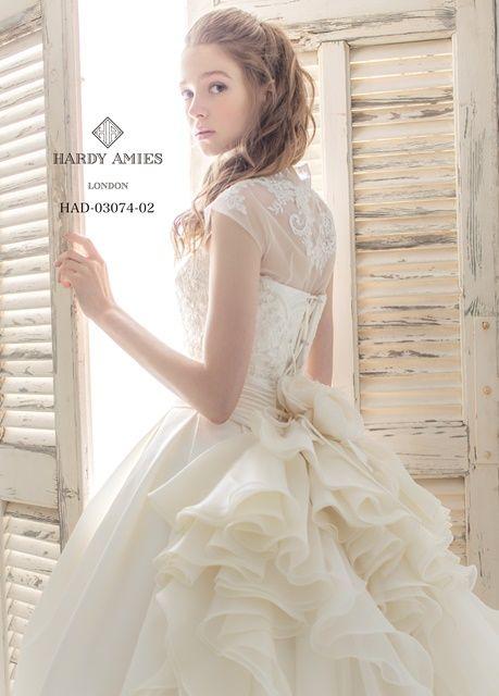 やっぱり王道は外せない!結婚式で着たいAラインウェディングドレス♡ -page3   Marry Jocee