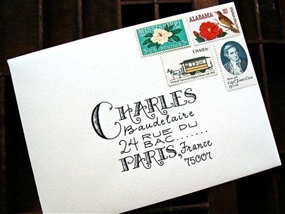 Esta caligrafía, en combinación con estos sellos, además del hecho de que está dirigida a Charles Baudelaire en la vida real.