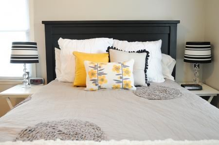 Free plans to build a queen head board. We are so doing this for my daughter's bed and painting it black like this one!