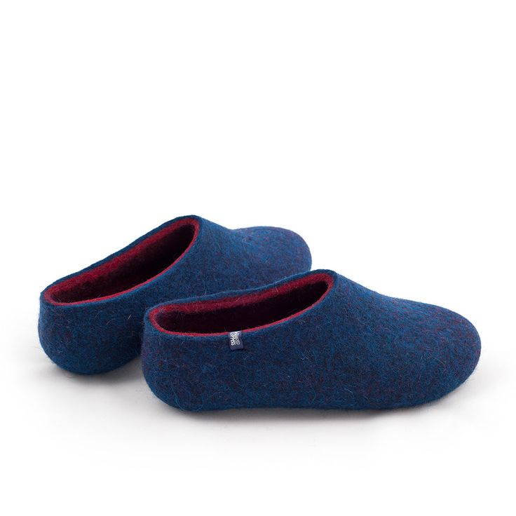 wooppers wool slippers in blue and dark red #felted #slippers