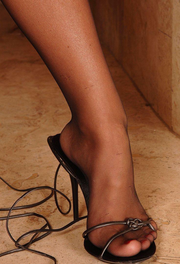 Pin Auf Lingerie For Feet-6497