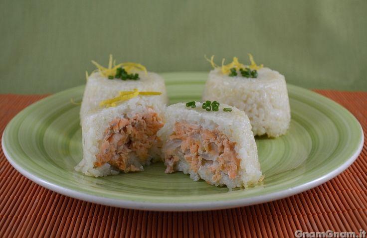 Scopri la ricetta di: Sformatini di riso al salmone