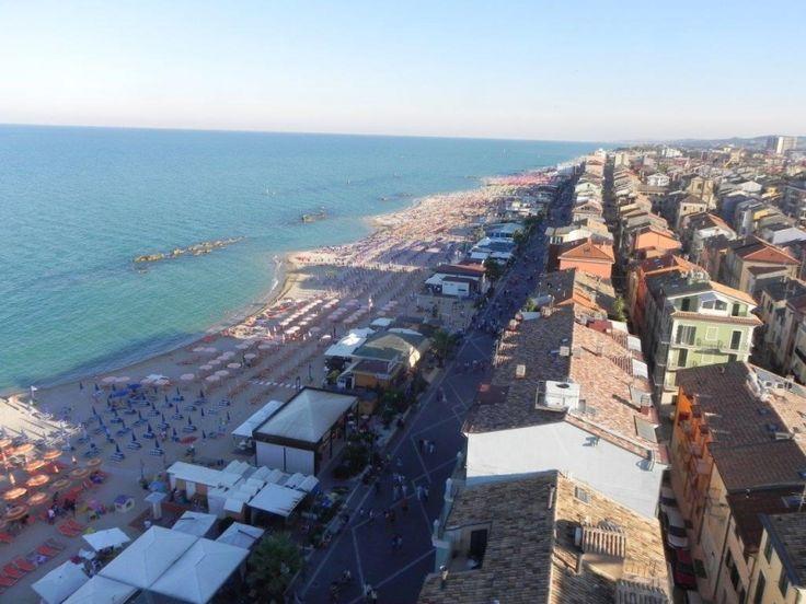 Porto RECANATI Apartment VERA it's 5 meters  from the sea! Ask info: info@appartamentivacanzeitalia.com  Mobile +39 328/6816898