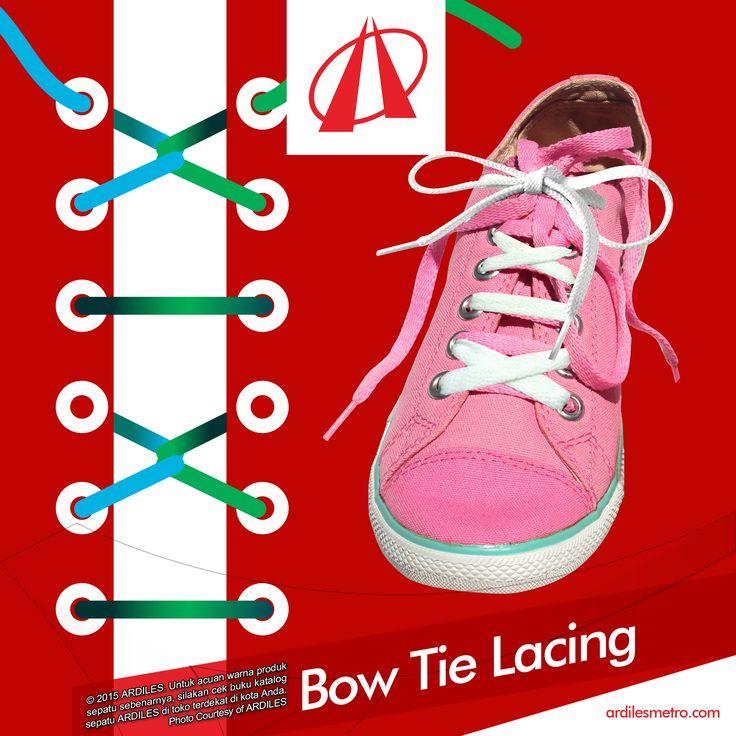 Ardiles Sneakers Lovers, kalau kamu ingin model tali sneakers yang anti-mainstream, supaya beda dengan teman-temanmu, yuk kita buat tali model Bow Tie Lacing.