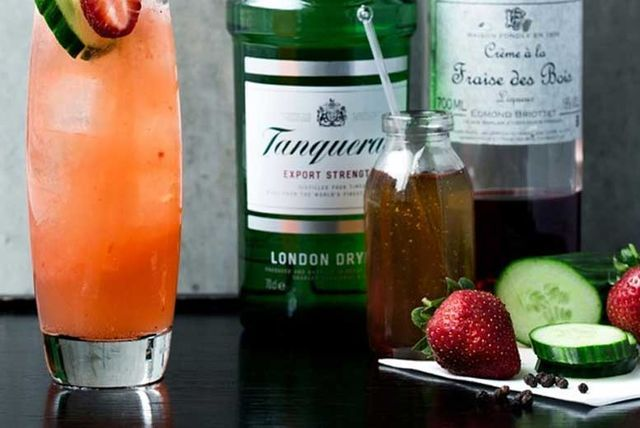 'Bottomless' Gin and Tonic Afternoon Tea for 2 @ Le Meridien Piccadilly