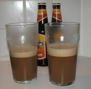 Sopie is een soopje, een slokje, een borreltje. En zopie is een inmiddels in vergetelheid geraakte alco- holische versnapering uit de achttiende eeuw.
