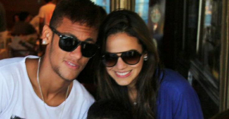 Após passar Réveillon longe de Bruna Marquezine, Neymar filosofa no Instagram