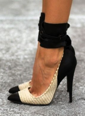 wow.. High heels #shoes