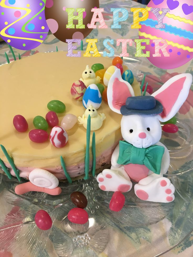 Easter cheesecake Passion-lemon + strawberry, brownie cake