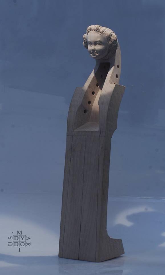 Viola da gamba.  Mariusz Dydo -head sculpture