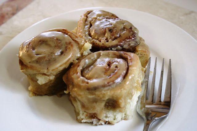 Pioneer Woman's Cinnamon Rolls | Sweet little treats | Pinterest