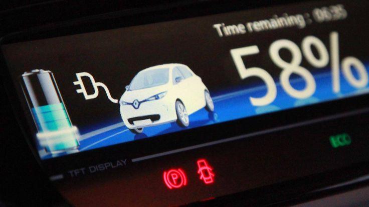Suomen henkilöautot kulkevat 50 vuoden päästä sähköllä, uskoo tutkimusprofessori Nils-Olof Nylund Teknologian tutkimuskeskus VTT:stä. Tuolloin vain raskaat kuorma-autot käyttäisivät uusiutuvaa dieseliä ja biokaasua.