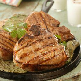 Chuletas de Cerdo a la Parrilla con Chipotle y Limón