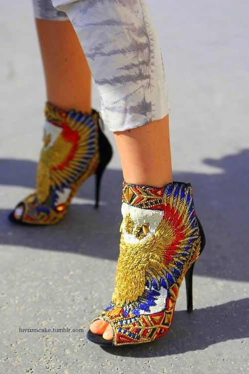 """Balmain in swede. More into KG """"The art of shoes""""  these would look so good with distressed jeans. omgg"""