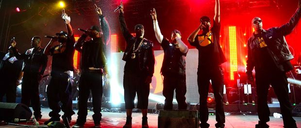 All 9 members of Wu-Tang Clan reunite for Daily Show performance http://www.killbot86.com/2014/08/08/all-9-members-of-wu-tang-clan-reunite-for-daily-show-performance/
