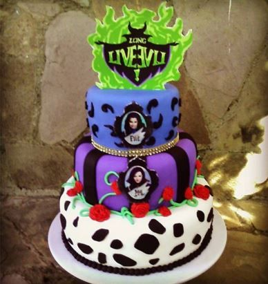 Disney The Purple And Cakes On Pinterest