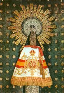 Virgen del Pilar con el manto España.Zaragoza.