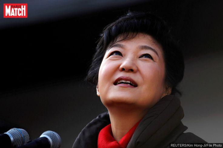 L'ex-présidente sud-coréenne inculpée pour corruption L'ancienne présidente de Corée du Sud,Park Geun-Hye, a été inculpée pour corruption.L'ex-présidente sud-coréenne Park Geun-Hye a été form... http://www.parismatch.com/Actu/International/L-ex-presidente-sud-coreenne-inculpee-pour-corruption-1235039