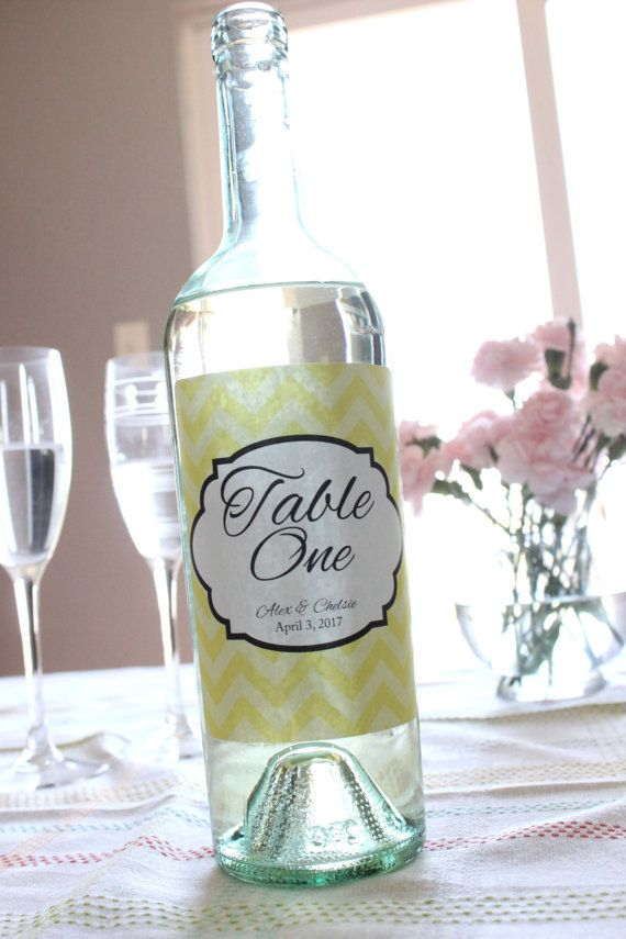Hey, diesen tollen Etsy-Artikel fand ich bei https://www.etsy.com/de/listing/185324711/set-of-custom-wine-table-numbers-wedding
